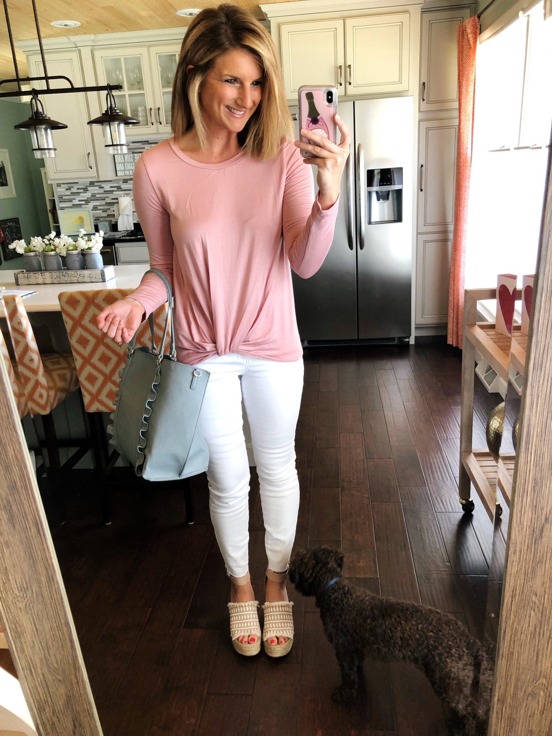 Twist Hem Top + White Skinny Jeans + Espadrille Sandals // Spring Fashion